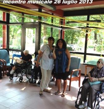 Merenda con gli anziani